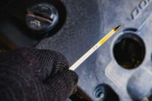 How Do I Know When to Change My Synthetic Motor Oil?